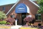 StudioPLUS St. Louis-Westport