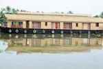 Отель Shivaganga Houseboat