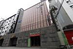 Отель Nyx Fox Hotel
