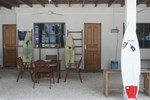 Гостевой дом Thulusdhoo Surf Camp
