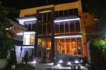 Lira Inn