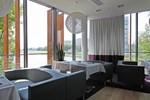 Отель Piano Hotel Restaurant & Pub