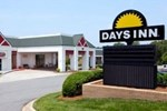 Отель Days Inn Lake Norman