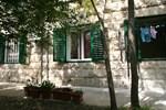 Apartment Dharma