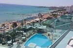 Отель Vrissaki Beach Hotel