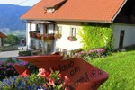 Отель Bauernhof-Pension Stauder