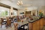 Отель Drury Inn & Suites Meridian
