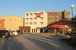 Отель Hôtel Ibis Pontivy