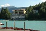 Отель Hotel Al Lago