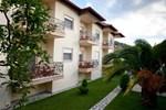 Отель Hotel Giouli