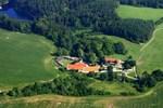 Отель Tvrz Holešice Orlická přehrada