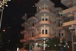 Отель Hotel Strora
