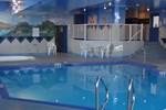 Отель Service Plus Inns & Suites Grande Prairie