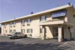 Travelodge Inn Medford