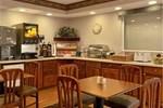 Отель Baymont Inn & Suites Maumee