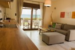 Апартаменты Horizonte Seafront Suites
