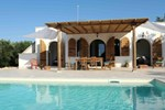 Cisternino Villa in Olive Groove