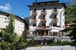 Отель Hotel Zebrù