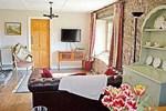 Отель Shamrock Cottage