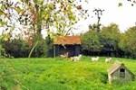 Апартаменты Lodge Farm Cottage