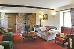 Отель Stoke Court Farm Barn
