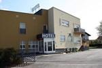 Отель Hotel Tina