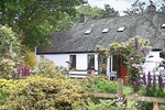 Отель Bryneinon Cottage