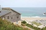 Отель The Sand House