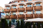 Отель Ivian Family Hotel