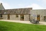Отель Barrow Farm Barn
