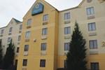 Отель La Quinta Inn Kennesaw