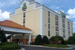Отель Holiday Inn Express & Suites Wilmington-University Center