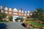 Отель The Simsbury Inn