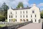 Отель Brynhyfryd Cottage