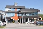 Отель Hotel Kole