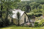 Отель Thimble Cottage
