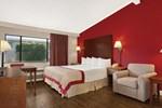 Отель Ramada Torrance