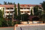 Отель Abhishek Beach Resort