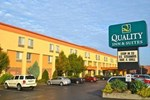 Отель Quality Inn & Suites Riverfront Oswego