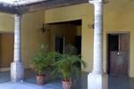 Отель Hotel Casa del Quijote