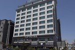 Отель J-Top Hotel
