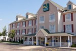 Quality Inn & Suites Cincinnati Sharonville
