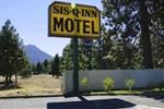 Отель Sis Q Inn