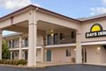 Отель Days Inn Hamilton