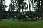 Отель Locust Grove Motel