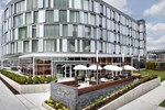 Отель Courtyard by Marriott Philadelphia South at The Navy Yard