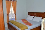 Отель Sri Astuti Homestay