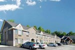 Отель Comfort Inn & Suites at Maplewood