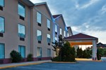 Отель Holiday Inn Express Hotel & Suites Hiawassee