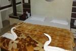 Отель Hotel yatrik